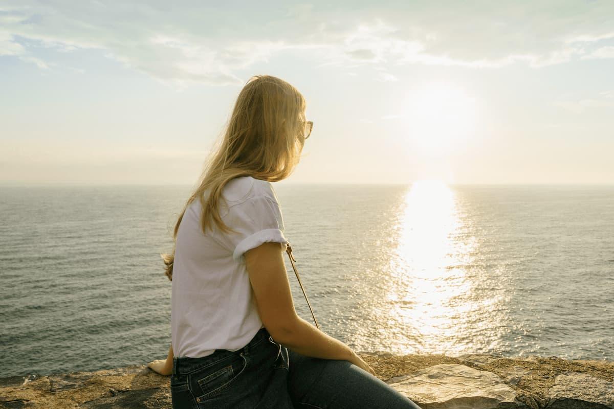 Nach Trennung, allein und einsam. wieder glücklich werden. neuaufstellen.